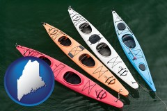 maine map icon and four colorful fiberglass kayaks
